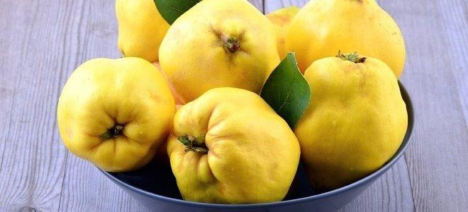Плоды на блюде